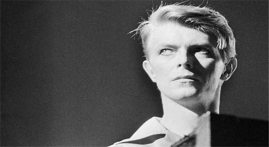 ترجمه و دانلود آهنگ David Bowie - Space Oddity