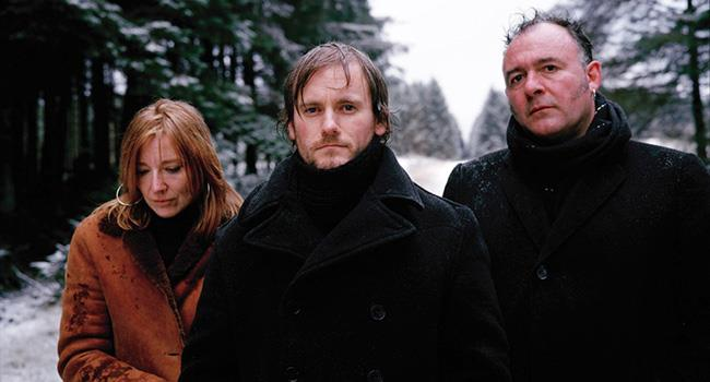 ترجمه  آهنگ Portishead - All Mine